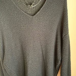 Relaxed-fit V-neck sweater by Urban Outfitters